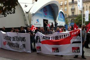 Fotos concentración en Zaragoza 8m en apoyo a Laura