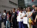 Lambda presenta la denuncia contra el arzobispo de Valencia, Antonio Cañizares, apoyada por 55 entidades