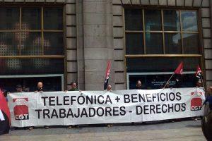Telefónica sigue ahorrando a costa de la plantilla