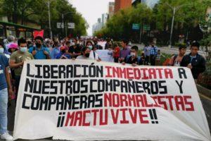 Denunciamos la represión en contra de las y los estudiantes normalistas de la escuela rural de Mactumatzá, Chiapas y de los pueblos Tepehuano y Wixárika de Azqueltán, Jalisco
